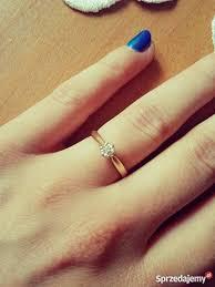 pierscionek zareczynowy pierścionek zareczynowy z brylantem żyrardów sprzedajemy pl