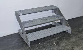 gitter treppe stahltreppe eisentreppe gittertreppe außentreppe gitterroststufen