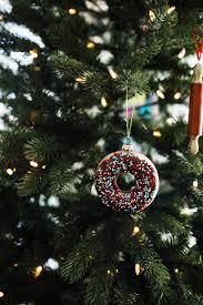 easy diy temporary ornaments bakery