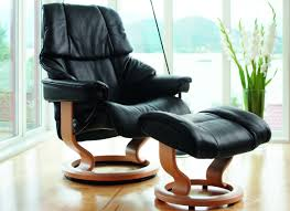 stressless reno medium recliner with ottoman by ekornes