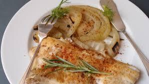 cuisiner le fenouil à la poele mariatotal filets de limande au fenouil