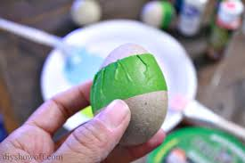 paper mache easter eggs dip dyed painted paper mache easter egg craft tutorialdiy show