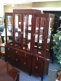 ethan allen china cabinet ethan allen china hutch consignment gallery