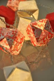 guirlande lumineuse papier japonais guirlandes cubes cerisier japonais guirlandes u0026 origami