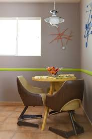 Apartment Dining Table Get The Look Retro Round Small Dining Tables Apartment Therapy
