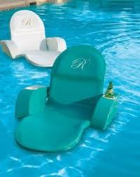 Modern Furniture Outdoor by Best 25 Outdoor Pool Furniture Ideas On Pinterest Pool