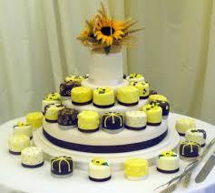 cupcake overload wedding cupcakes tulips eggplant purple towels