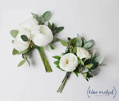 wedding flowers for bridesmaids bridesmaid bouquet wedding flowers wedding bouquet white