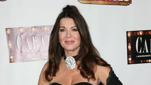 linda vanserpump hair i don t eat dogs either but lisa vanderpump shouldn t condemn
