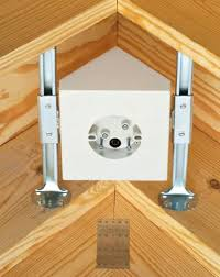 Ceiling Fan Brackets by Cathedral Ceiling Fans Mount To Give Your Fans A Healthy Suppport