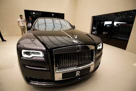rolls royce roll royce what makes a rolls royce so special rybrook drivers life