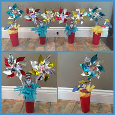 dr seuss centerpieces diy dr seuss birthday party cake table decorations using