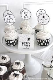 halloween cake decor best 25 halloween cupcake toppers ideas that you will like on