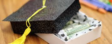 graduation gifts for friends 4 cheap diy graduation gifts your best friend will cherish