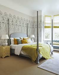 ideen tapeten schlafzimmer die besten 25 tapeten schlafzimmer ideen auf