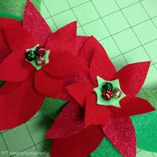 diy poinsettia wreath ta homebody