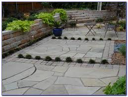 Building Flagstone Patio Build A Flagstone Patio Without Mortar Patios Home Design