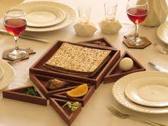 modern seder this seder plat features a modern design combined with classic