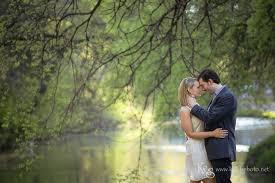 photographers in dallas and s engagement photos at turtle creek dallas