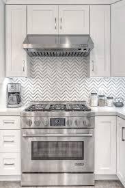 white shaker kitchen cabinets backsplash 91868 remodel kitchen with all white shaker cabinets and
