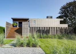 bates masi architects renovated the far pond residence with