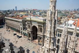 milan in one day earth trekkers