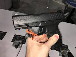 walther ppq laser light walther ppq m2 sc sub compact striker fired 9mm combat tactical