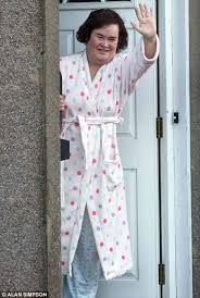susan boyle back in her dressing gown after returning to the