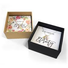 necklace gift box images Side by side necklace wedding gift box set gift a hug jpg