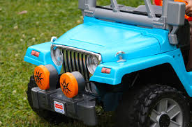 customizing our power wheels with spray paint the happy homester