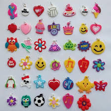 2018 2015 new mixed assortment charms silicone bracelets