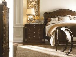 Henredon Bedroom Furniture Used Henredon Osterley Manor King Bed With Gold Leaf Detailed Headboard