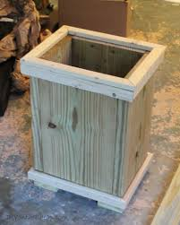 How To Build A Planter by How To Build A Wood Planter Tutorial Erin Spain