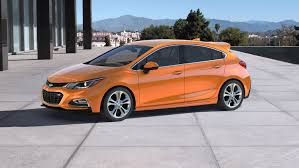 chevy cruze 2017 white chevrolet introduces 2017 cruze hatch