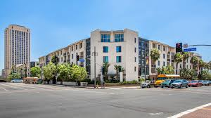 mozaic at union station apartments los angeles 888 north