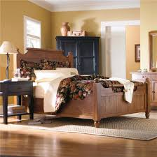Heirloom Bedroom Furniture by Broyhill King Sleigh Bed Vintage Bedroom Furniture Curved Oak Wood