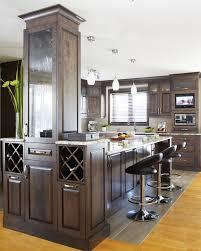 la cuisine d et armoires de cuisine de style classique l îlot et la totalité de la