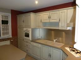 repeindre une cuisine en chene vernis relooker une cuisine en bois relooker with relooker une