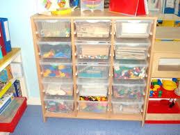 rangement jouet chambre meuble de rangement jouets meuble de rangement jouets et livres