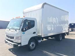 mitsubishi fuso box truck heavytruckdealers com medium truck listings mitsubishi fuso