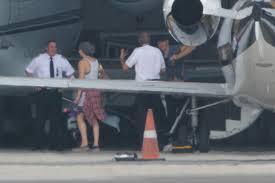 chris martin and jennifer lawrence jennifer lawrence survives near plane crash with chris martin