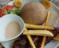 cuisiner le fruit de l arbre à poisson grillé frites du fruit de l arbre à igname banane