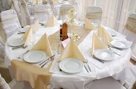 Wedding Centerpieces For Round Tables by Round Table Decorations Starrkingschool Round Table Decoration