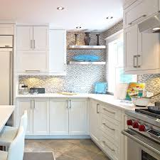 comptoir de cuisine quartz blanc armoires de cuisine blanches contemporaine avec comptoir de quartz