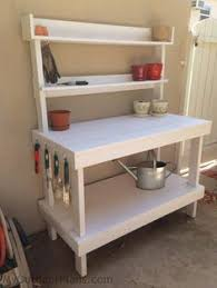 Free Wooden Potting Bench Plans by How To Make A Gardener U0027s Potting Bench Potting Tables Diy