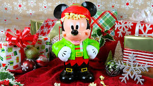 When Do Christmas Decorations Go Up At Disneyland Complete Guide To Specialty Food And Beverage Offerings For