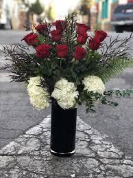 flower shops in bakersfield venus goddess of beauty desire luxe dozen roses in