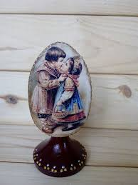 wooden easter eggs that open best 25 big easter eggs ideas on diy easter