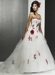 robe de mariã e pas cher en couleur forme princesse sans bretelle bustier en coeur traîne mi longue