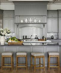 retaper sa cuisine repeindre sa cuisine en bois home staging table bois pinacotech
